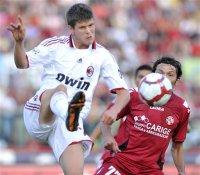 Serie A: Parma-Inter, Milan-Livorno, Juve-Lazio (SKY, Mediaset Premium, Dahlia)