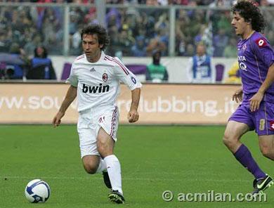 Sabato Calcio - Fiorentina-Milan e Estudiantes-Barcellona (SKY, Premium, Dahlia)