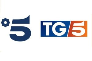 Canale 5 Cambio Logo e Studio TG5 dal 16 Aprile 2018