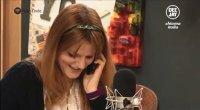 Fiorello fa i complimenti a Chiara. Lo showman la chiama in diretta a Radio Deejay