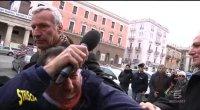 Mingo malmenato durante consegna provolone al ministro Cancellieri