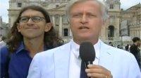 Tg1, nuovo blitz del disturbatore Paolini davanti Piazza San Pietro