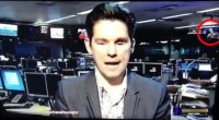 Scozia, in un dibattito tv nei monitor appare una ragazza senza veli