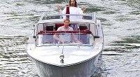 Censurato dalle tv, il Gesù di Paddy Power protesta al Lido di Venezia