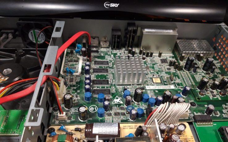 Recuperato il 99% dei materiali decoder Sky obsoleti o non p
