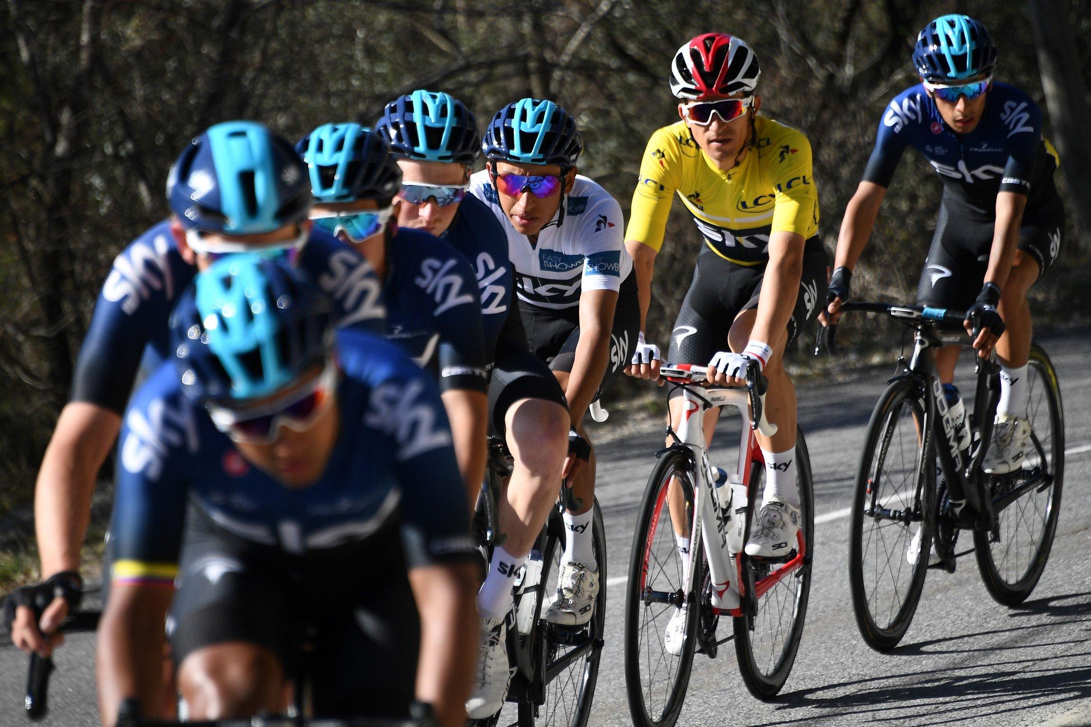 Ciclismo, Ineos ufficializza l'acquisizione del Team Sky