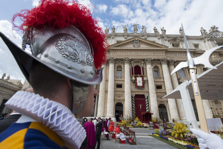 La Santa Messa di Pasqua con Papa Francesco in Ultra HD su Rai 4K