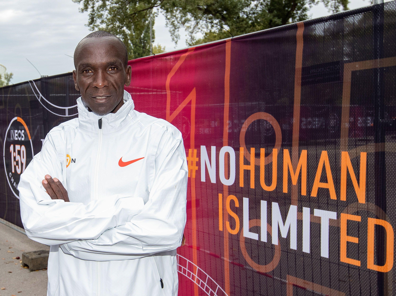 Maratona in meno di due ore per Eliud Kipchoge? (diretta ore 8, Canale 20)
