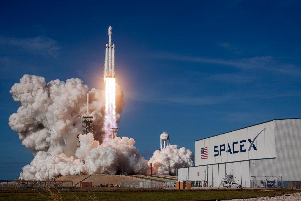 Focus, diretta (e approfondimenti) per lancio SpaceX e NASA