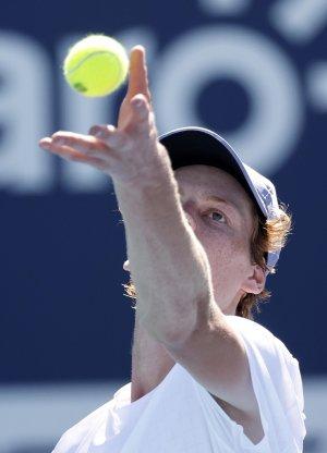 Tennis: Atp Madrid, Nadal ai quarti