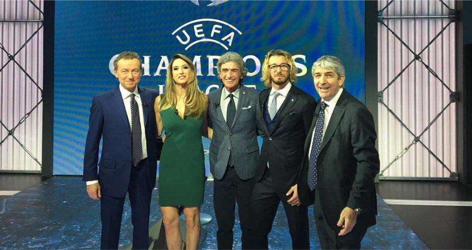 La stagione calcio 2016 2017 premium sport al via con icc for Premium play su smart tv calcio live