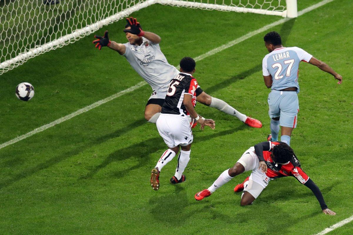 Calcio Estero Premium Mediaset - Programma e Telecronisti 12 - 14 Gennaio