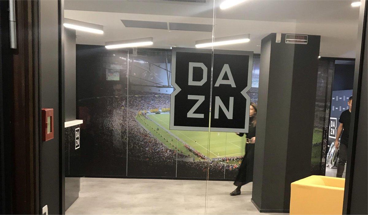 DAZN Serie B 11a Giornata - Diretta Esclusiva | Palinsesto e Telecronisti