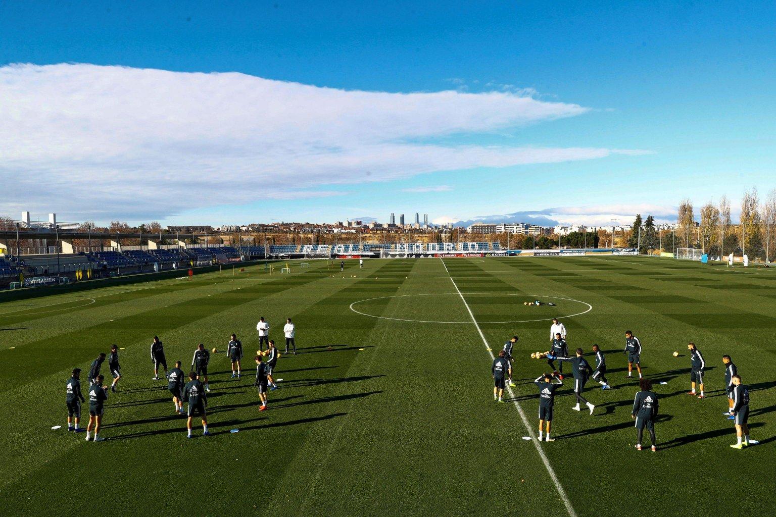 Calcio Estero DAZN - Programma e Telecronisti 14 - 17 Dicembre