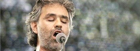 Andrea Bocelli in concerto per l'Abruzzo: diretta dal Colosseo ore 21.30 Rai1