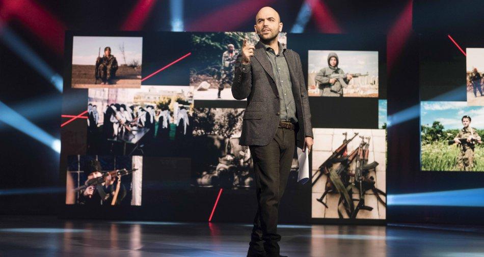 Roberto Saviano su Deejay Tv ripercorre il 2015 intrecciando racconto e fotografie