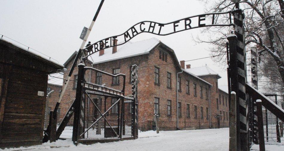 Giornata della Memoria 2016 - Tutti i programmi tv in ricordo dell'Olocausto