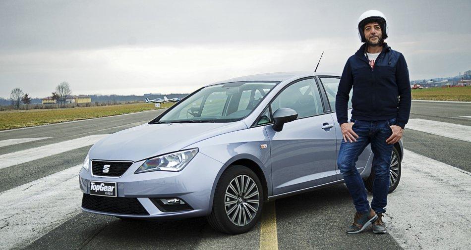 Top Gear Italia, nella seconda puntata su Sky Uno e Sky Sport 1 ospite Max Gazze'