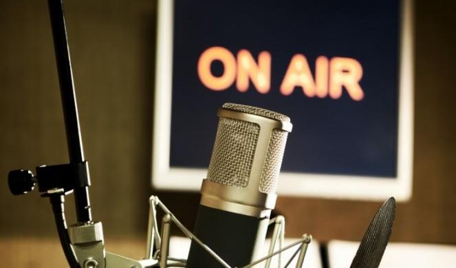 Radio, editori insieme in