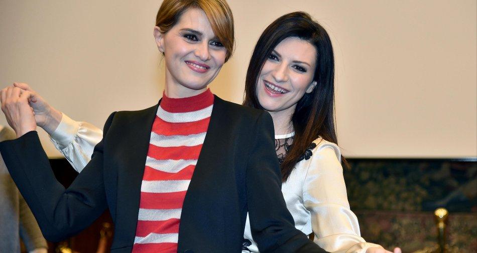 Paola Cortellesi e Laura Pausini nel two women show di Rai 1