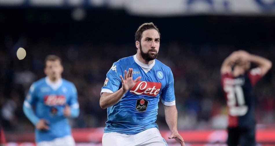 Napoli Calcio contro Mediaset Premium: