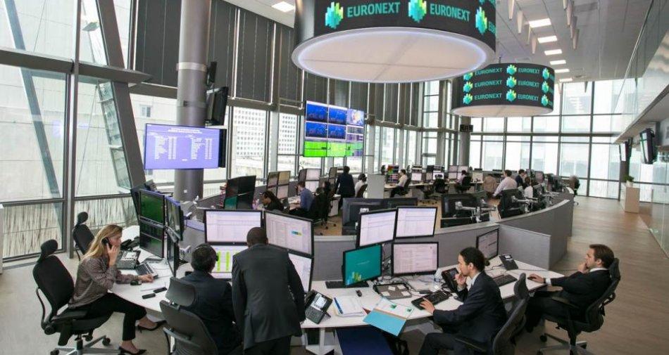 Borsa, analisti promuovono passaggio di Premium ma Vivendi oggi chiude in calo