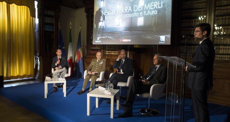 Nella Terra dei Merli, l'Esercito Italiano in Kosovo nel racconto di Sky Cinema e Sky TG24