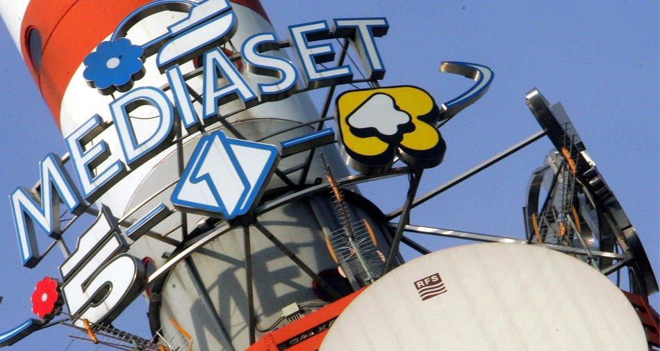 Mediaset debole in Borsa dopo multa Antitrust ma per analisti impatto limitato