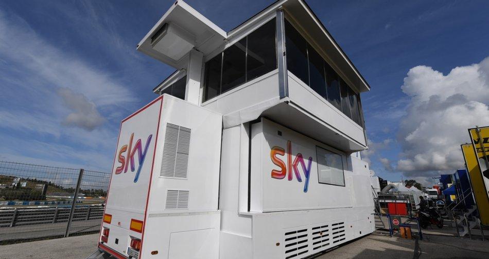Sky racconta la MotoGP ancora più da vicino con lo studio mobile e Sky Sport Tech