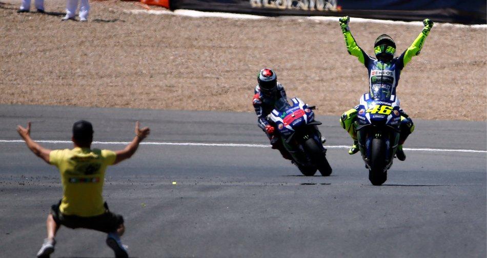 Sky Sport MotoGP HD, ascolti al top per il trionfo in Spagna di Valentino Rossi e il podio di Nicolò Bulega