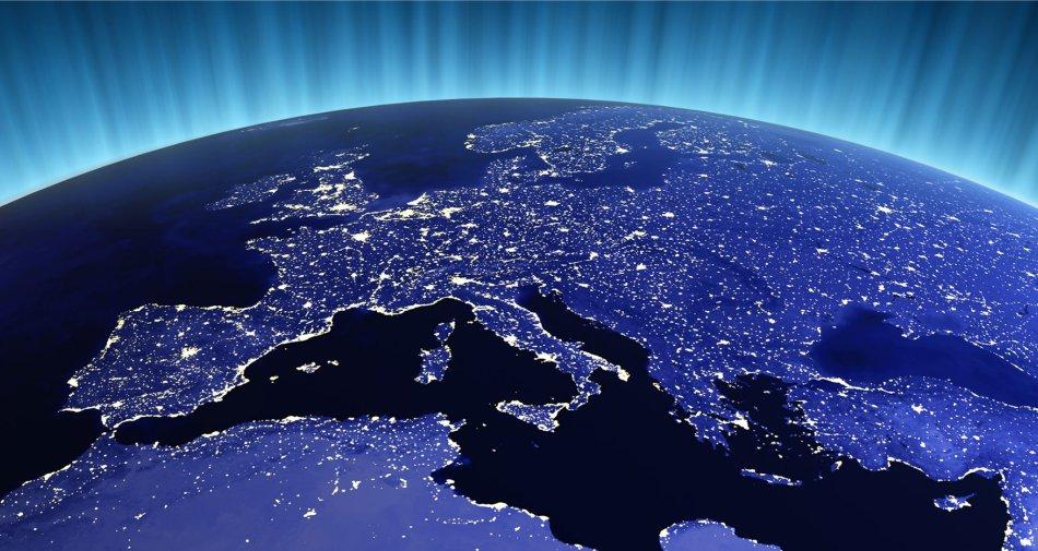 Intesa dei 28 UE sull'accesso dei contenuti online sotto abbonamento anche all'estero