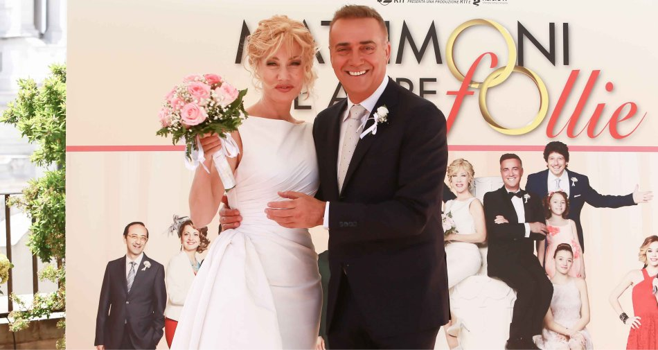 Nancy Brilli e Massimo Ghini nel telecocomero Matrimoni e altre follie su Canale 5