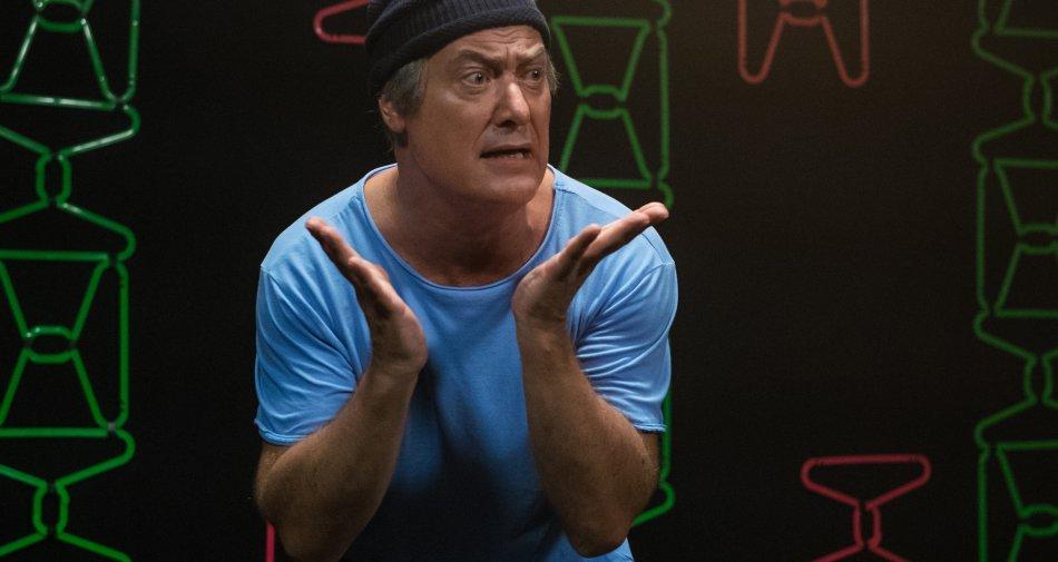 Dov'è Mario? Dopo il record del debutto torna su Sky Atlantic HD la serie tv con Corrado Guzzanti