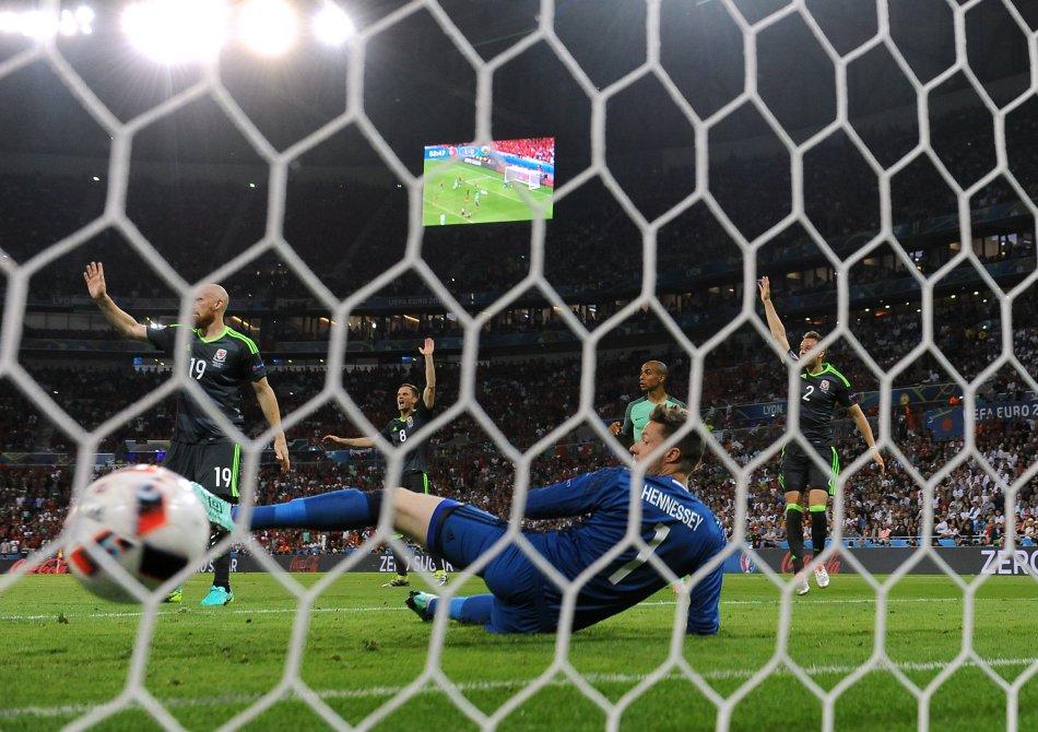 1 milione e 100 mila su Sky per la semifinale Portogallo-Galles. Stasera bigmatch Francia-Germania