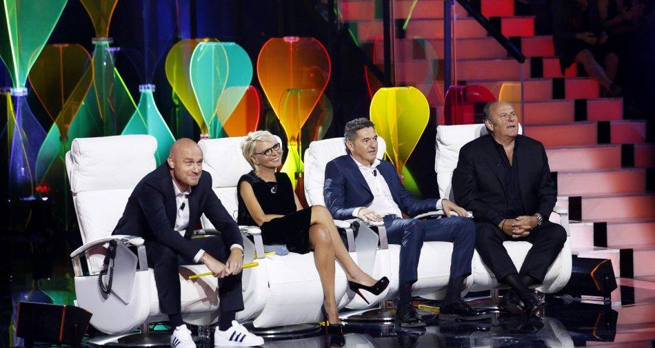 Tu si Que vales, Teo Mammucari new entry nella giuria del talent di Canale 5