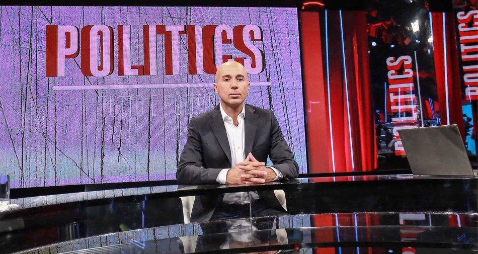 Semprini lancia Politics con una conduzione da mediano. Per lui dalla Rai 150 mila euro annui