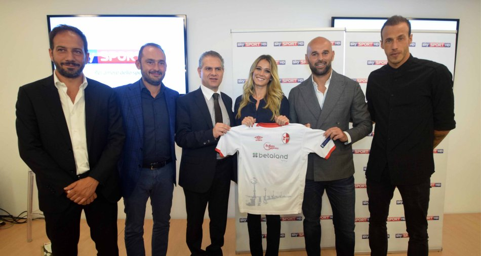La passione e il calore di Bari accoglie il Road Show della Serie B su Sky Sport