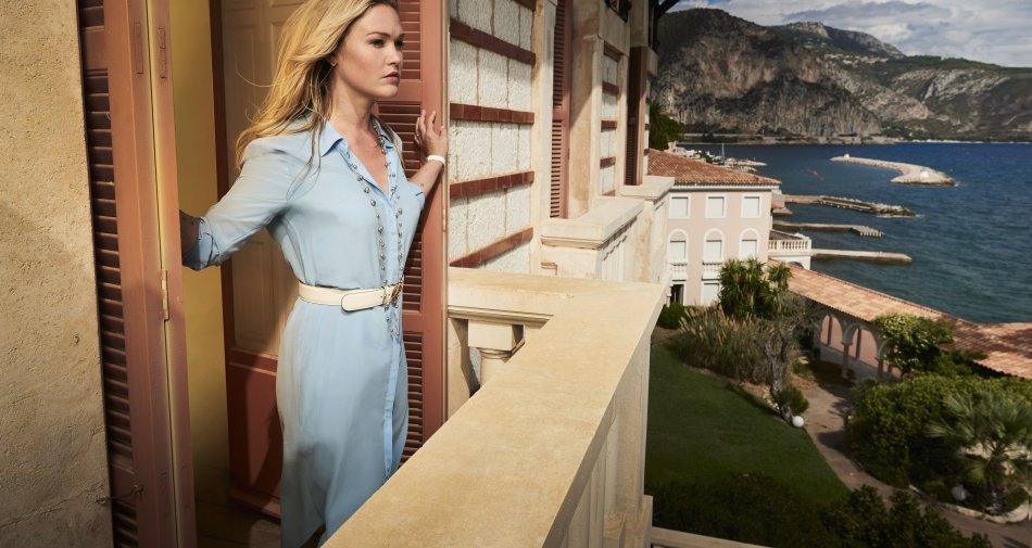 Riviera, diffusa la prima immagine della nuova sfrontata produzione originale Sky