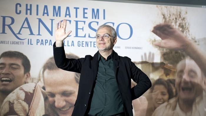 Canale 5, in onda la serie Francesco in occasione dell'80esimo compleanno di Papa Bergoglio