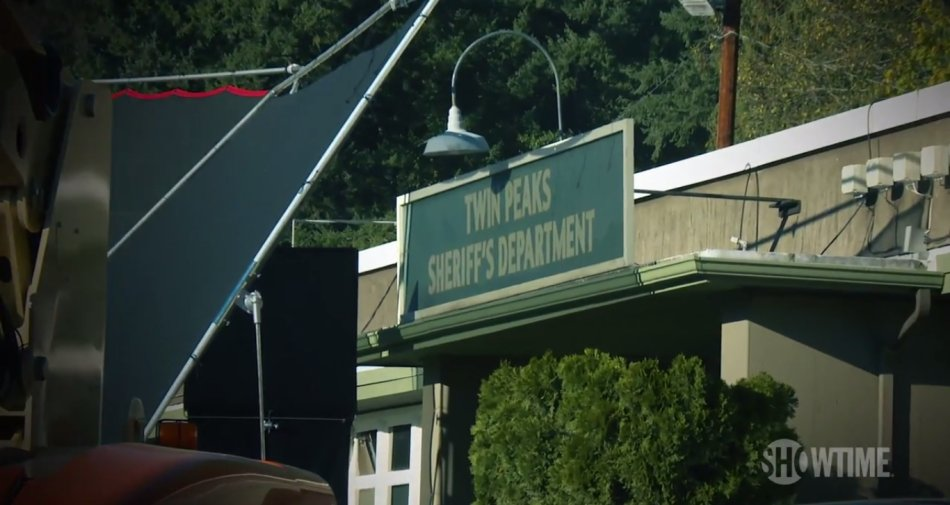 Diffuse le prime immagini della nuova Twin Peaks, in Italia su Sky Atlantic HD