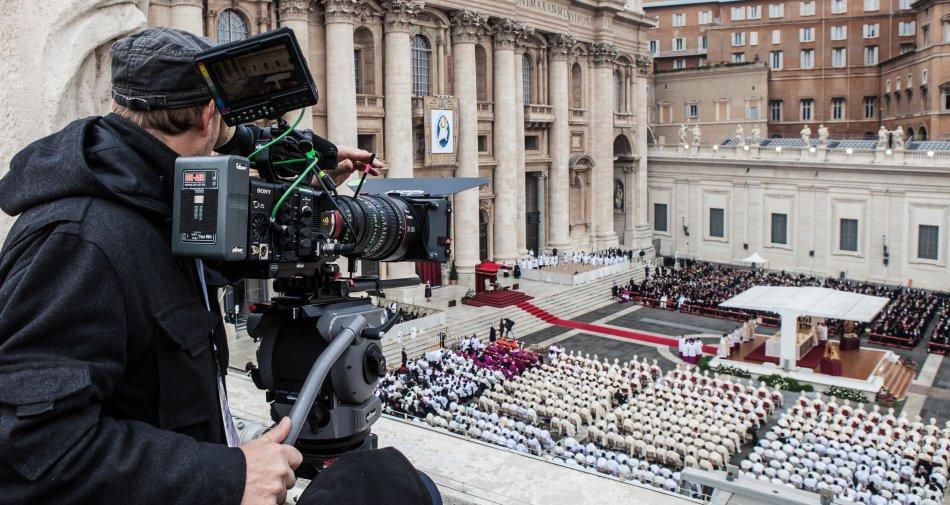 Concistoro e la chiusura del Giubileo in diretta tv 4K Ultra HD via satellite su Hotbird