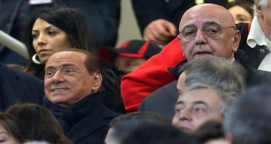 Berlusconi pensa a futuro Mediaset e cerca la pace con Vivendi ritirando richiesta ostile