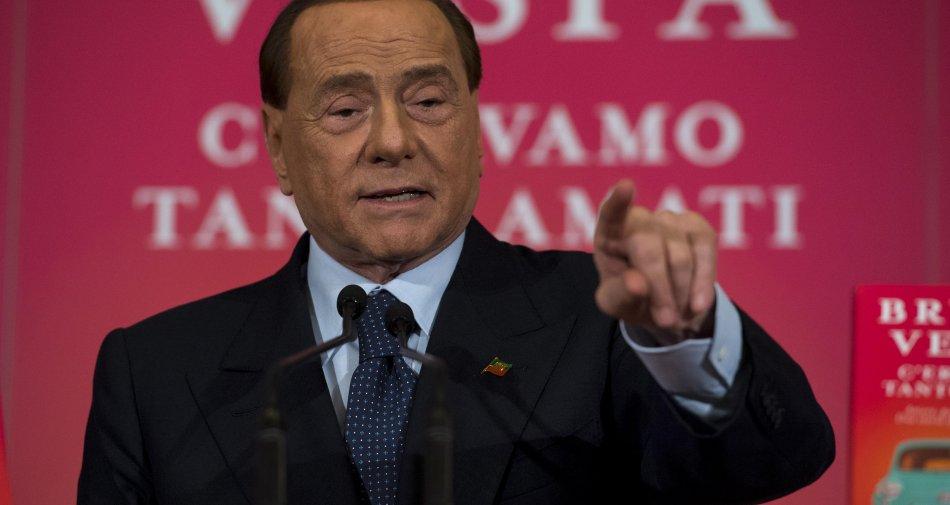 Mediaset, Berlusconi al contrattacco: «Bollorè con Vivendi ci ha ricattato»