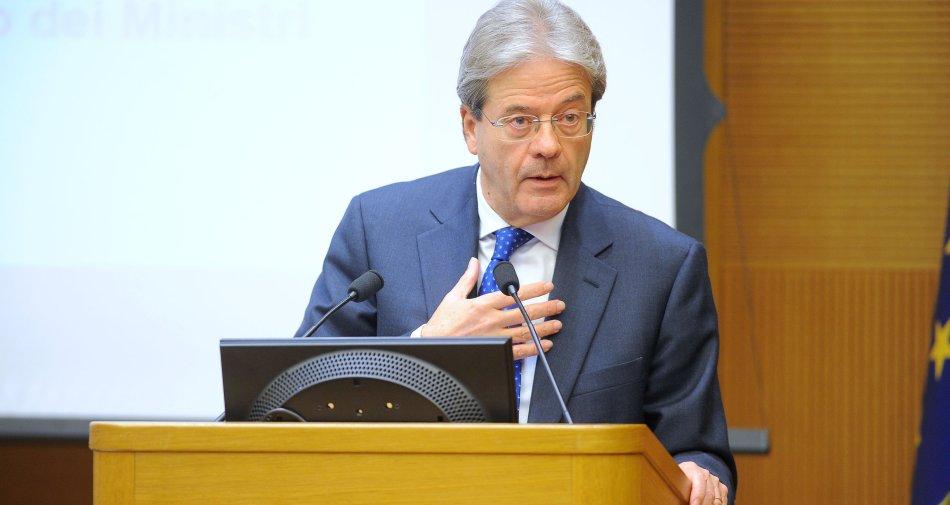 Governo vigile su Mediaset, ma non c'è «golden power». Telecom torna ipotesi Orange