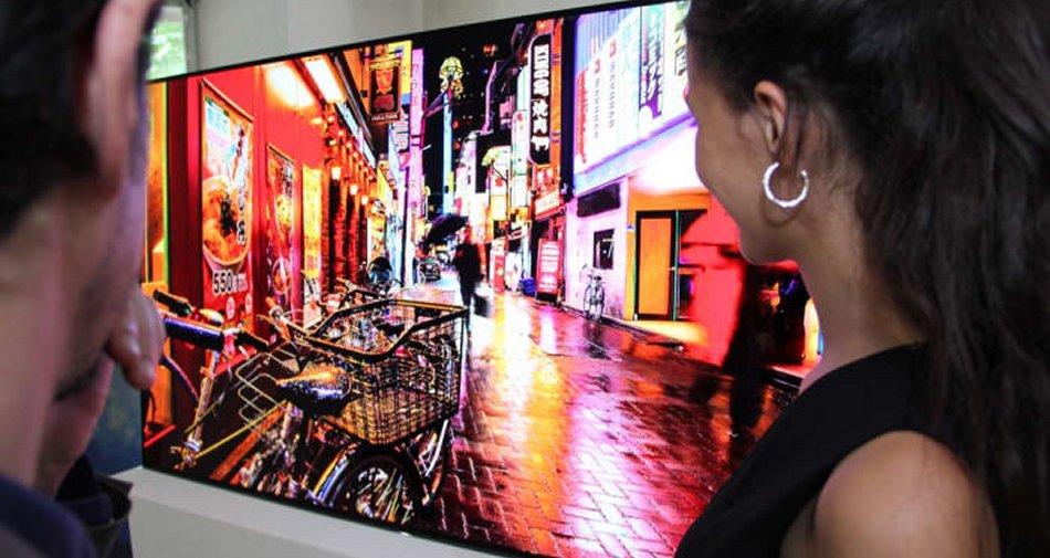 Eutelsat: al Forum Europeo Digitale di Lucca  con 100 canali italiani in HD su HOTBIRD