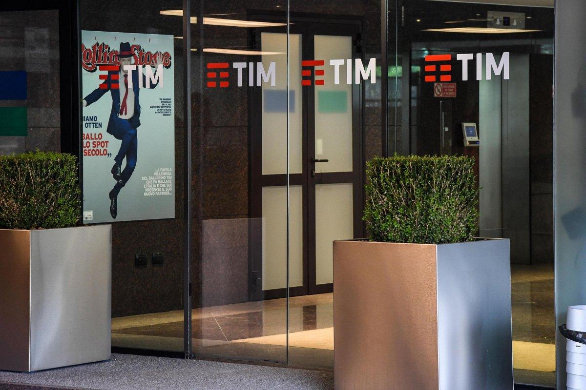 Telecom sotto la lente per attesa novità piano e trattative con Mediaset