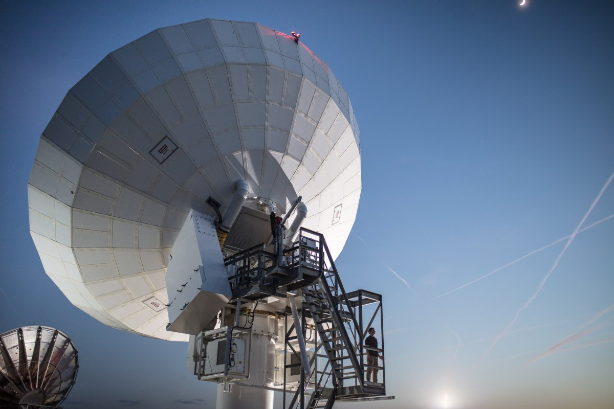 Lanciato con successo il satellite EutelSat 5 West B