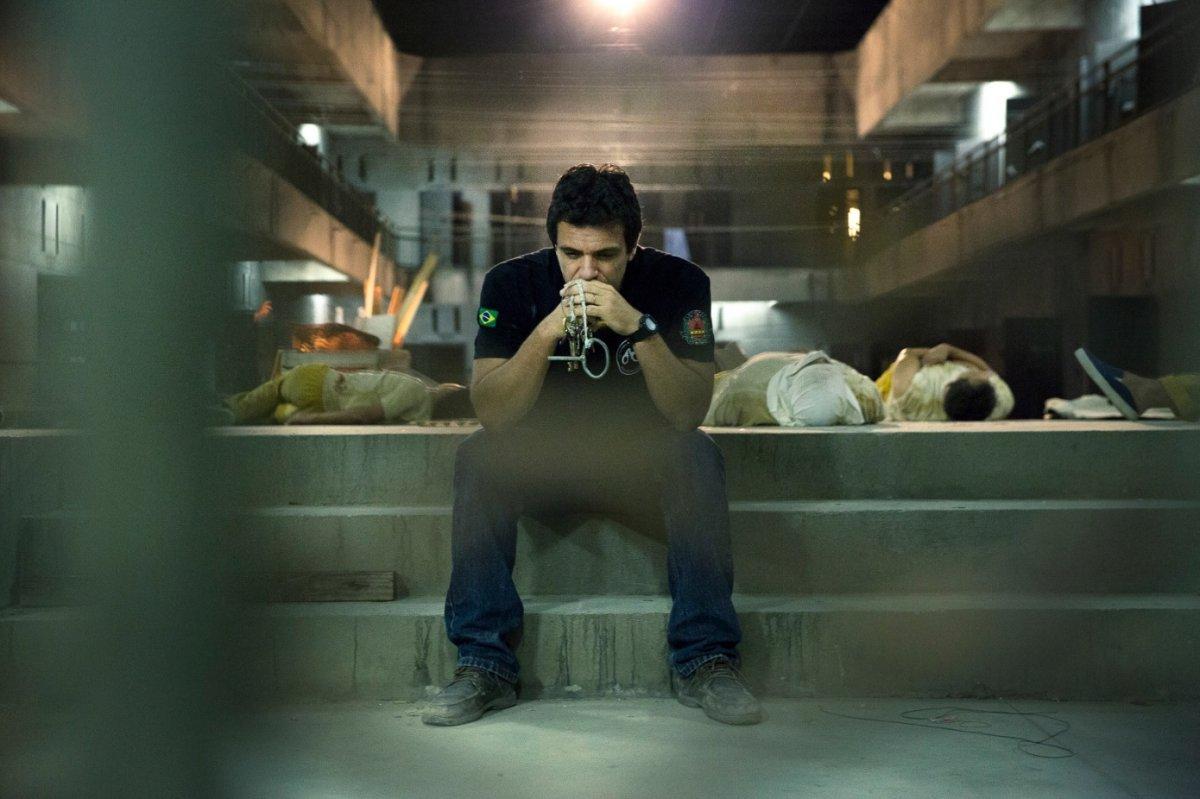 Carceiros - Dietro le Sbarre, su Sky Atlantic il prison drama sulle difficili vite dei secondini