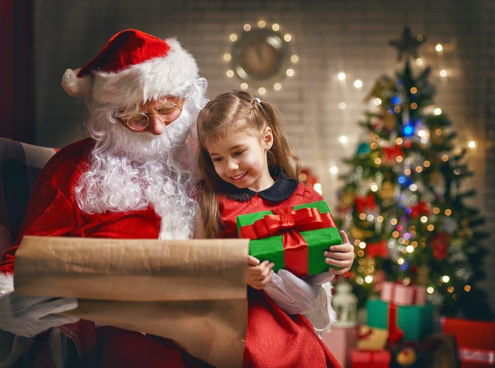 Natale in tv tra tanta musica, film e speciali tra speciali e maratone cult