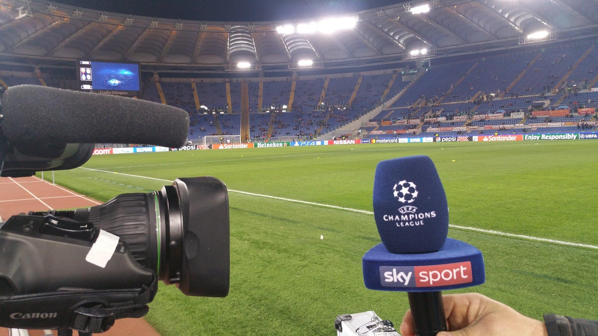 Il Calcio su Sky Sport non si ferma mai con ben 56 partite in 15 giorni